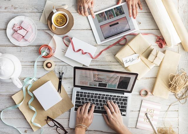 menghitung anggaran pembuatan website